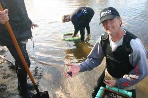 Fossil Hunting in the Rivers of Florida